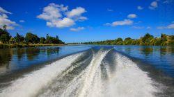 Lower Whanganui River H7583